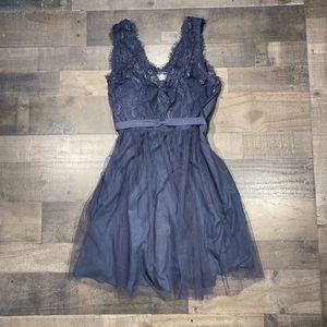 {Hitherto} Lace Trim Formal Dress Sz 12